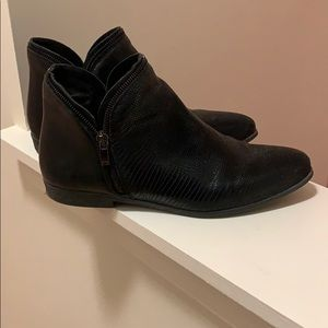 Eric Michael Black Booties